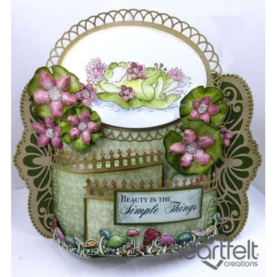 Pink Lilies And Frog Bendi Card