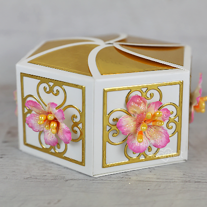 Simple Rose Gift Box