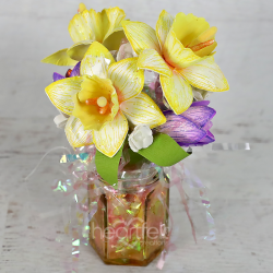 Jarred Daffodil Bouquet
