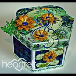 Peacock Daisies Six Sided Box