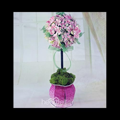 Petunia Floral Topiary