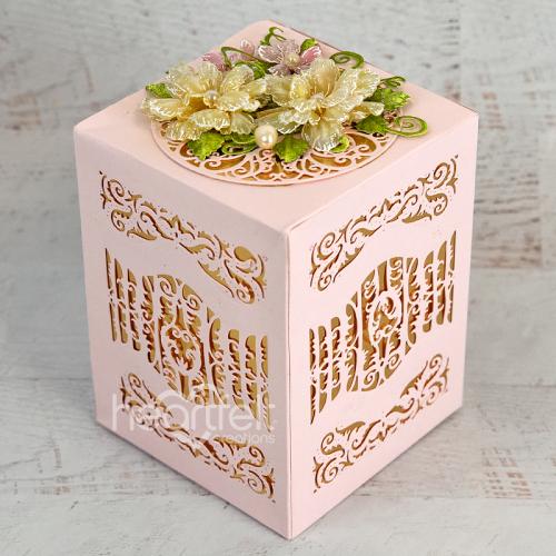 Scalloped Flourish Gift Box